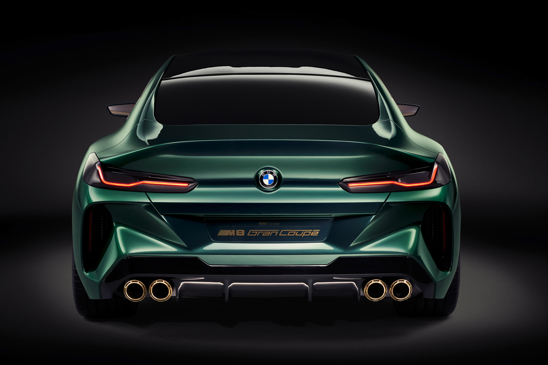 09_07_10_BMW_Concept_M8_Gran_Coupe_Heck_02